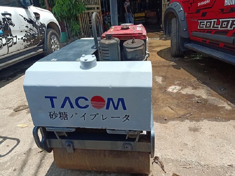 Máy lu dắt tay Tacom hàng bãi