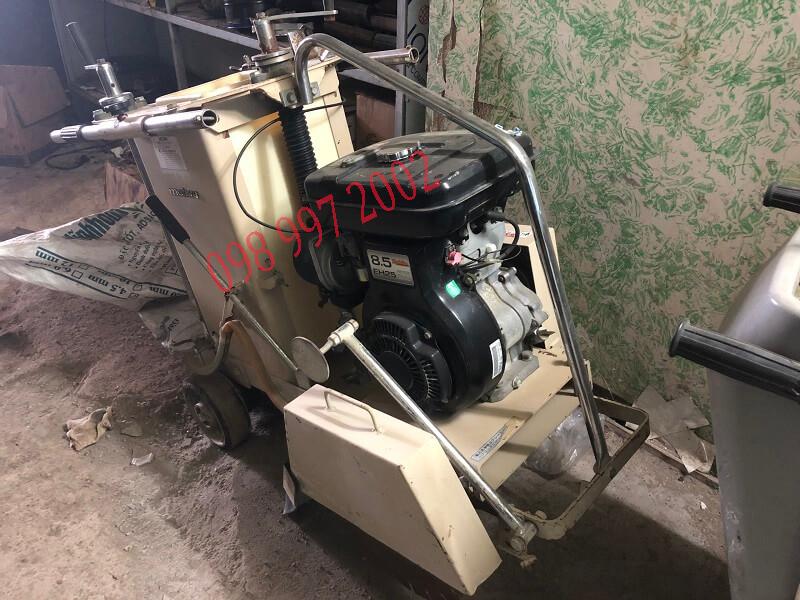 máy cắt bê tông